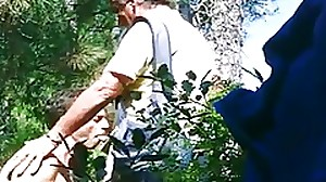 Sucking an older man in the woods ... Pompino..