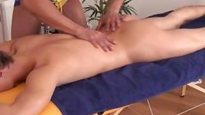Amateur twink jerked and throated by massagist