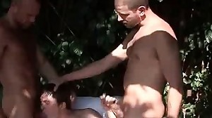 Gay gets mouth laid in threesome outside