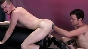 Teen knuckle gay Axel Abysse crouches on a..