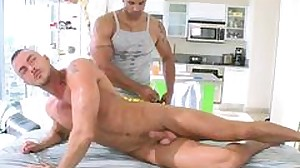 Muscled gay masseur is ready to fuck his horny..