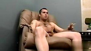 Tattooed fugly twink gets his pecker sucked
