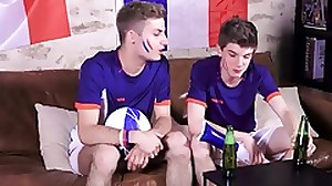 Two twinks support the French Soccer team in..