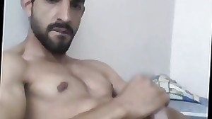 Turkish jaw-dropping hunk with big cock cumming