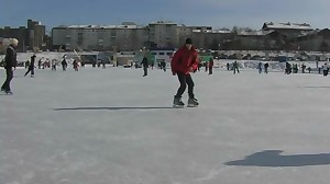 Super-Cute twunk skating