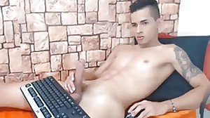 Colombian Handsome Boy With Meaty Cock Wanking..